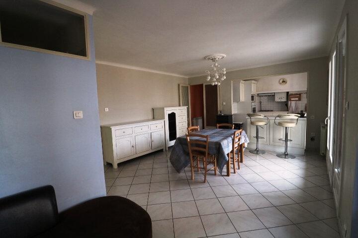 Appartement à louer 3 67.85m2 à Marseille 14 vignette-8