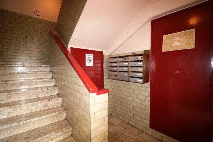 Appartement à louer 3 67.85m2 à Marseille 14 vignette-12