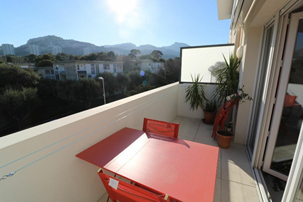 Appartement à louer 2 46.13m2 à Marseille 8 vignette-3