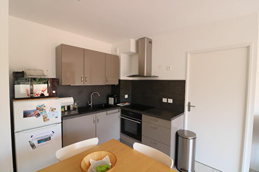 Appartement à louer 2 46.13m2 à Marseille 8 vignette-6