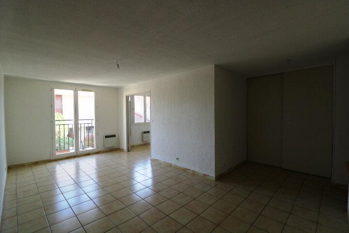 Appartement à louer 2 45.14m2 à Marseille 9 vignette-1