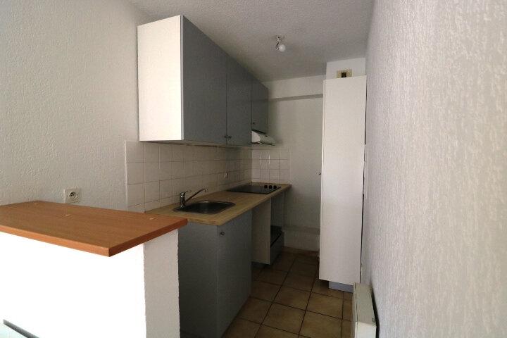 Appartement à louer 2 45.14m2 à Marseille 9 vignette-2