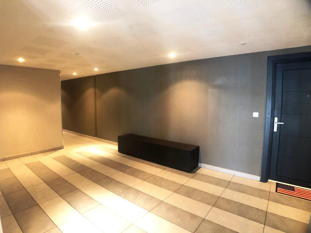 Appartement à louer 2 40m2 à Marseille 11 vignette-6