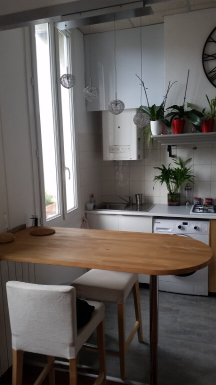 Appartement à louer 2 35m2 à Marseille 9 vignette-3