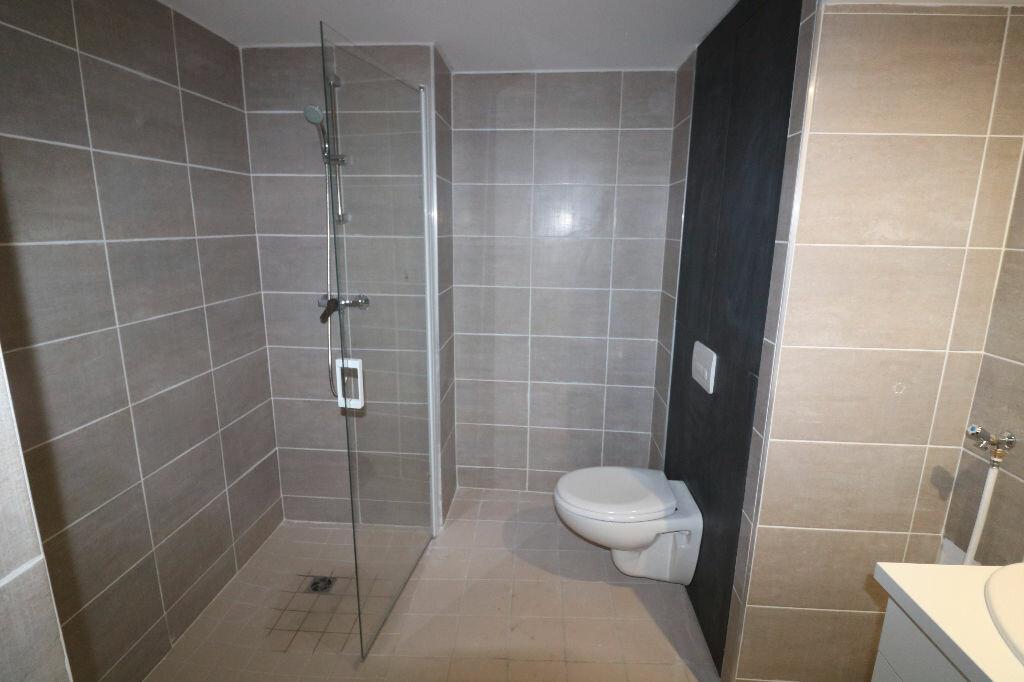 Appartement à louer 1 31m2 à Marseille 9 vignette-5