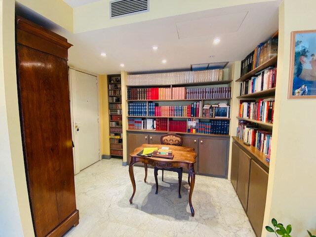 Appartement à louer 3 97.97m2 à Marseille 8 vignette-3