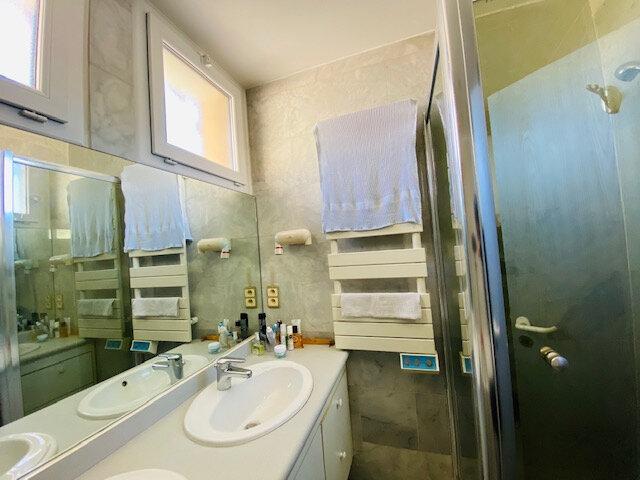 Appartement à louer 3 97.97m2 à Marseille 8 vignette-5