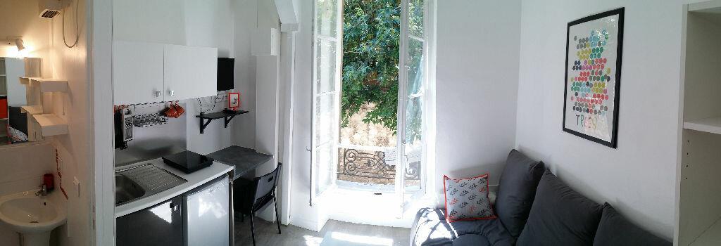 Appartement à louer 1 12m2 à Marseille 6 vignette-1