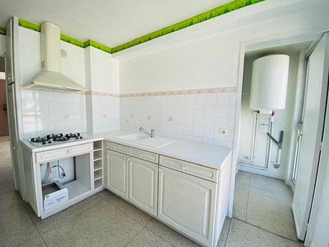 Appartement à louer 3 58.65m2 à Marseille 3 vignette-4