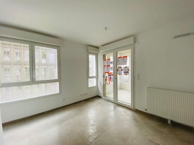 Appartement à louer 2 33m2 à Marseille 3 vignette-2