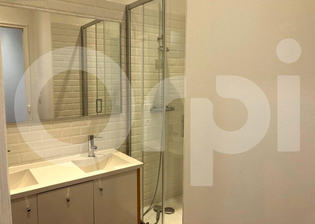 Appartement à louer 2 46.21m2 à Marseille 7 vignette-6