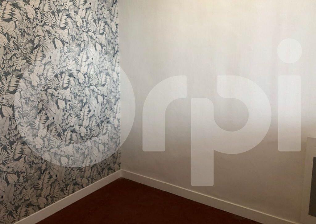 Appartement à louer 2 46.21m2 à Marseille 7 vignette-7