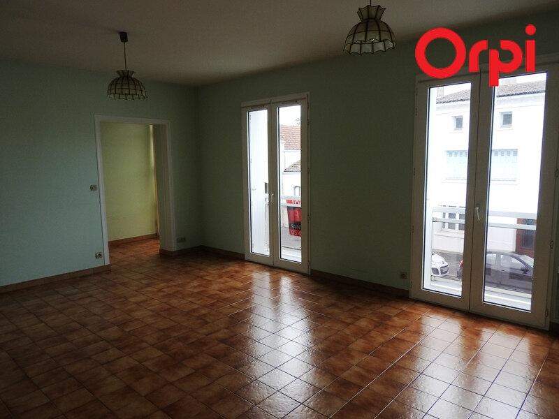 Appartement à louer 3 66m2 à Saujon vignette-4