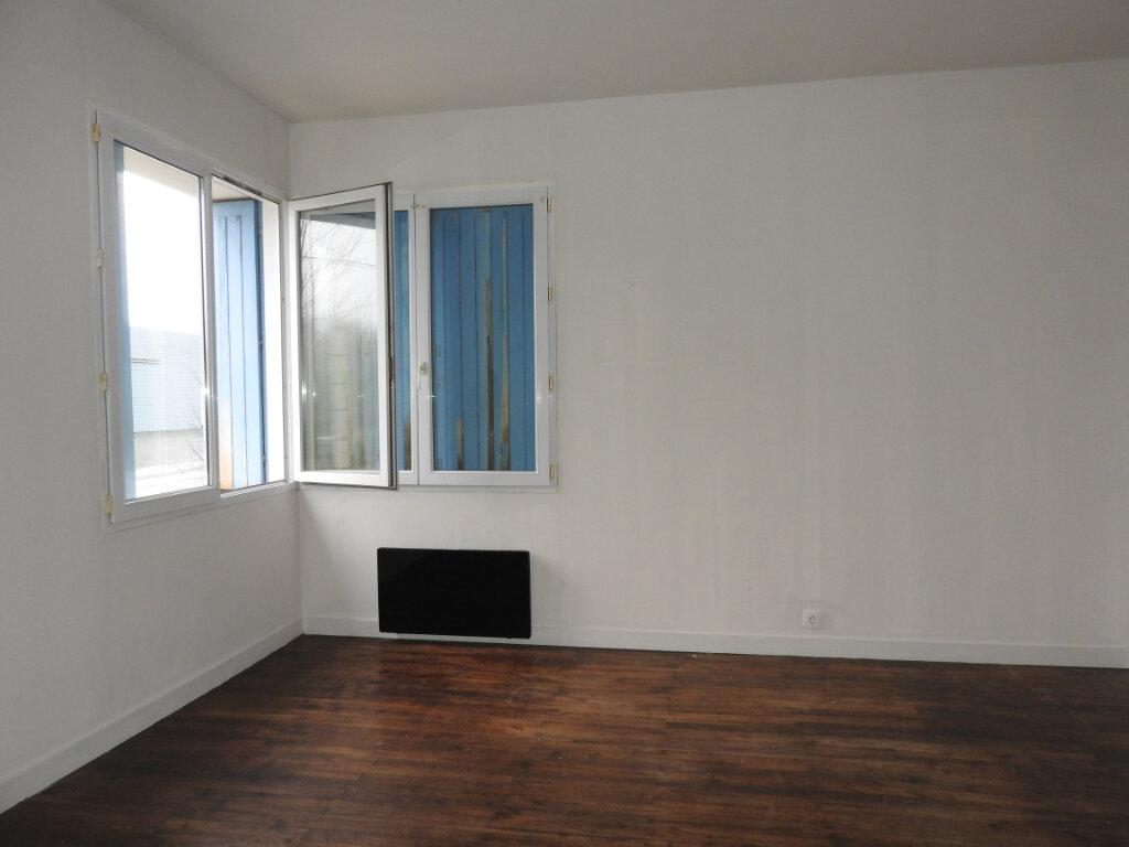 Maison à vendre 13 403m2 à Le Gua vignette-2