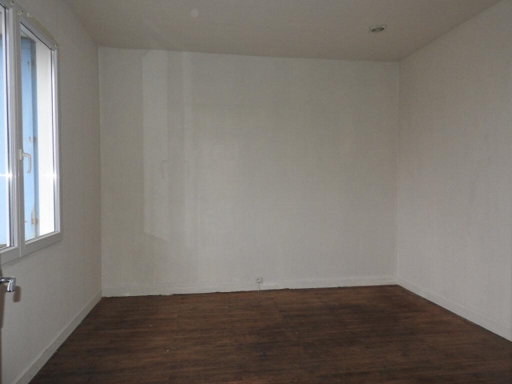 Maison à vendre 13 403m2 à Le Gua vignette-6