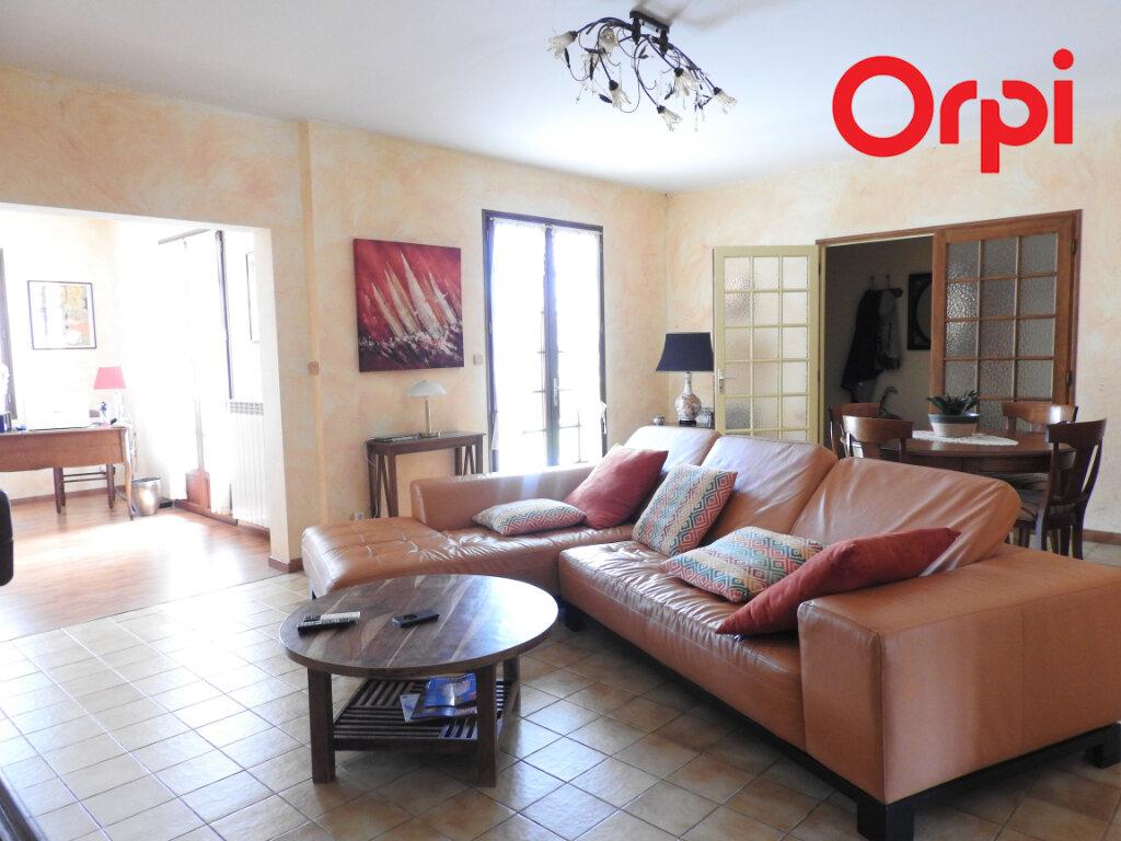 Maison à vendre 5 125.9m2 à Corme-Écluse vignette-2
