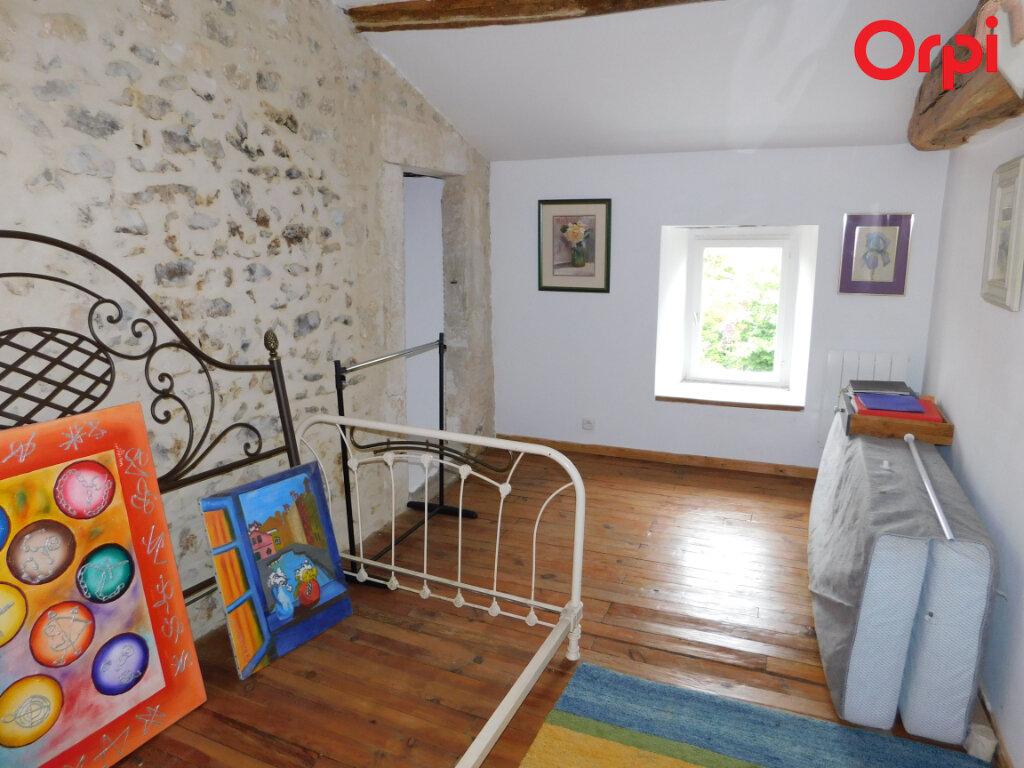 Maison à vendre 5 145.68m2 à Rétaud vignette-8