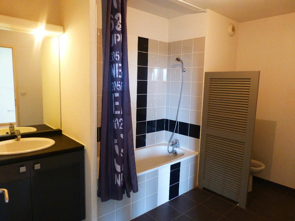 Appartement à louer 2 47.34m2 à Daux vignette-6