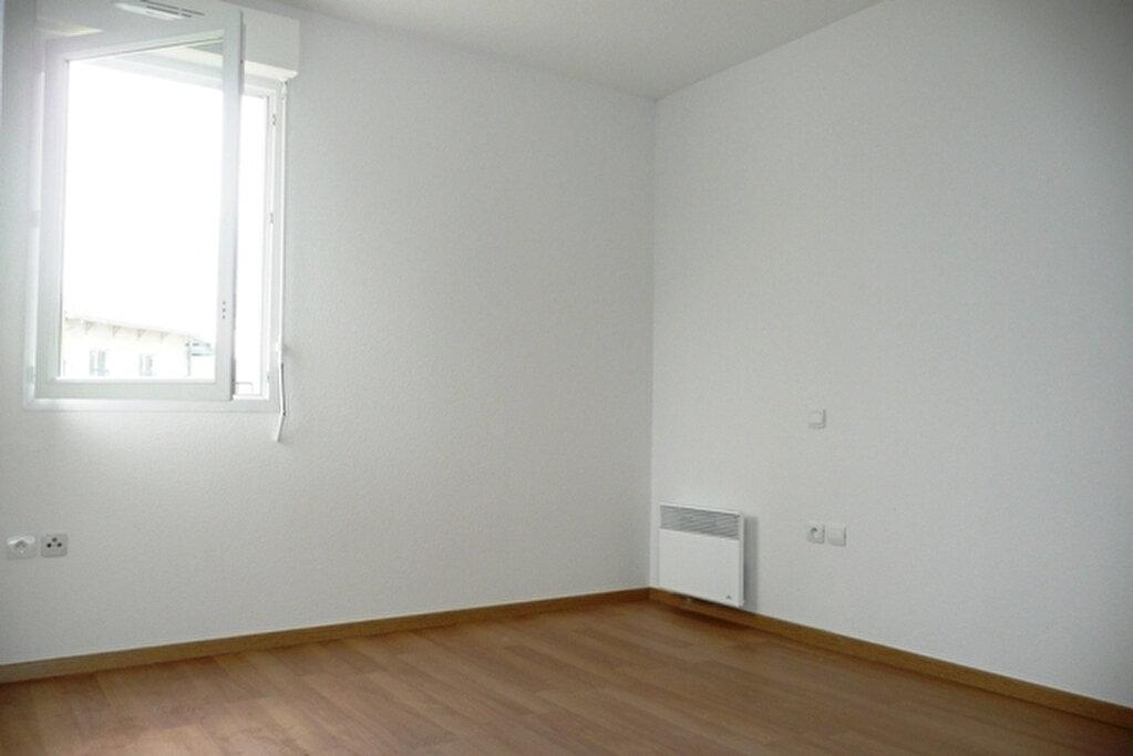Appartement à louer 2 42.87m2 à Daux vignette-3