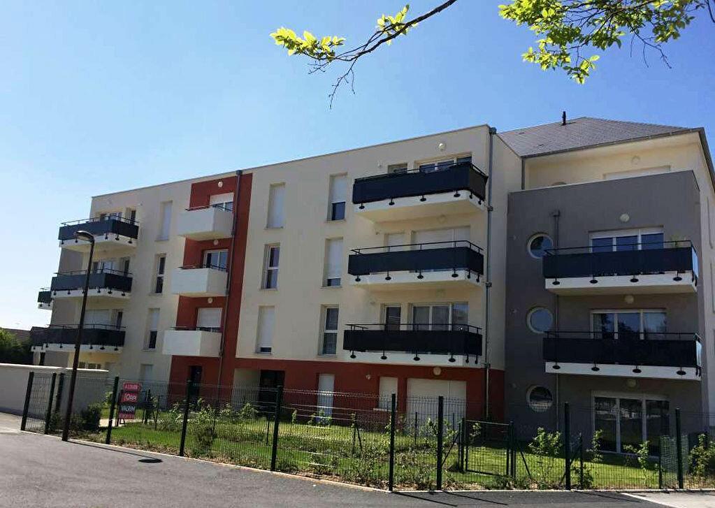 Appartement à louer 2 42.58m2 à Saint-Jean-de-la-Ruelle vignette-10