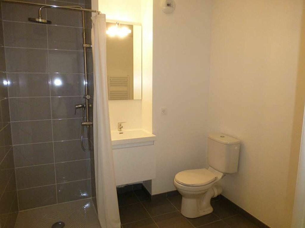Appartement à louer 2 42.58m2 à Saint-Jean-de-la-Ruelle vignette-11