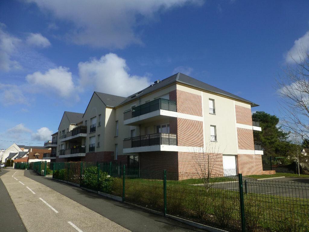 Appartement à louer 3 68.46m2 à Orléans vignette-1