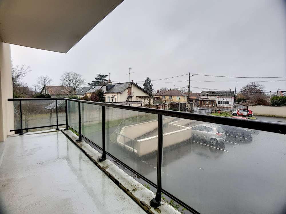 Appartement à louer 2 47.94m2 à Saint-Jean-de-Braye vignette-5