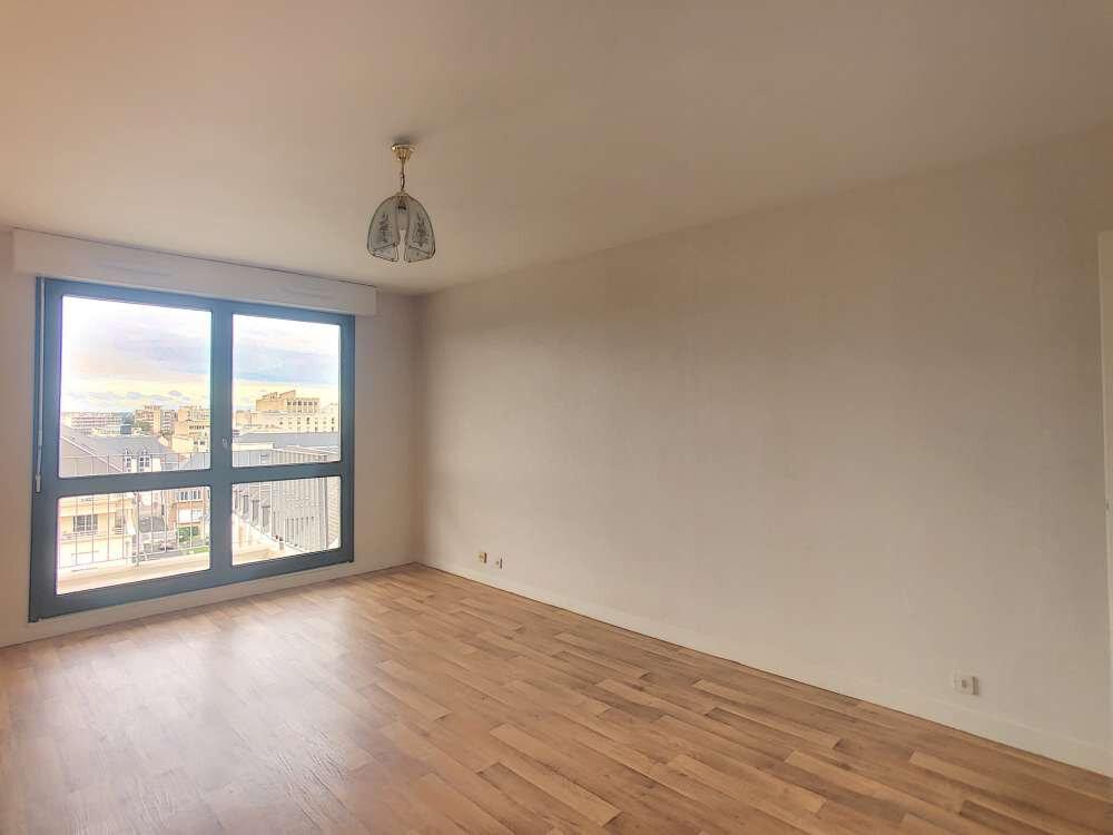 Appartement à louer 2 51.3m2 à Orléans vignette-1