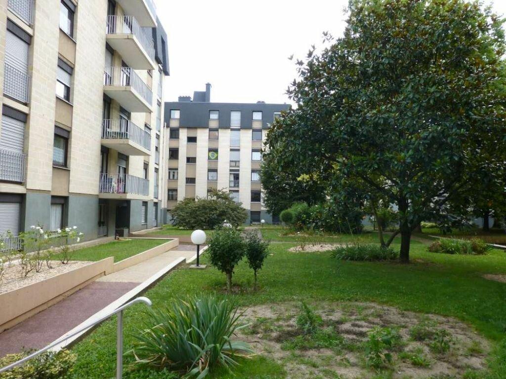 Appartement à louer 2 51.3m2 à Orléans vignette-5