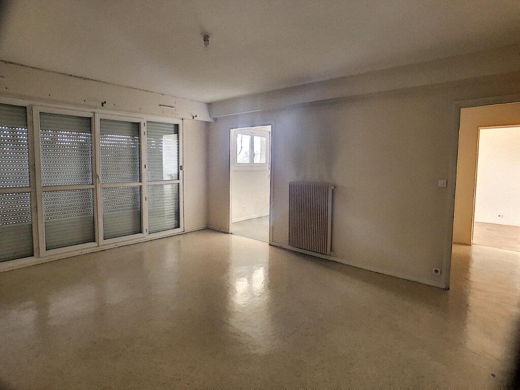 Appartement à louer 2 43.99m2 à Orléans vignette-3