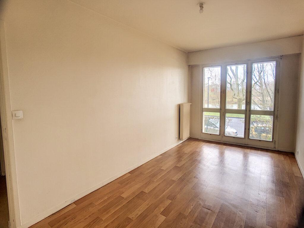 Appartement à louer 2 43.99m2 à Orléans vignette-5