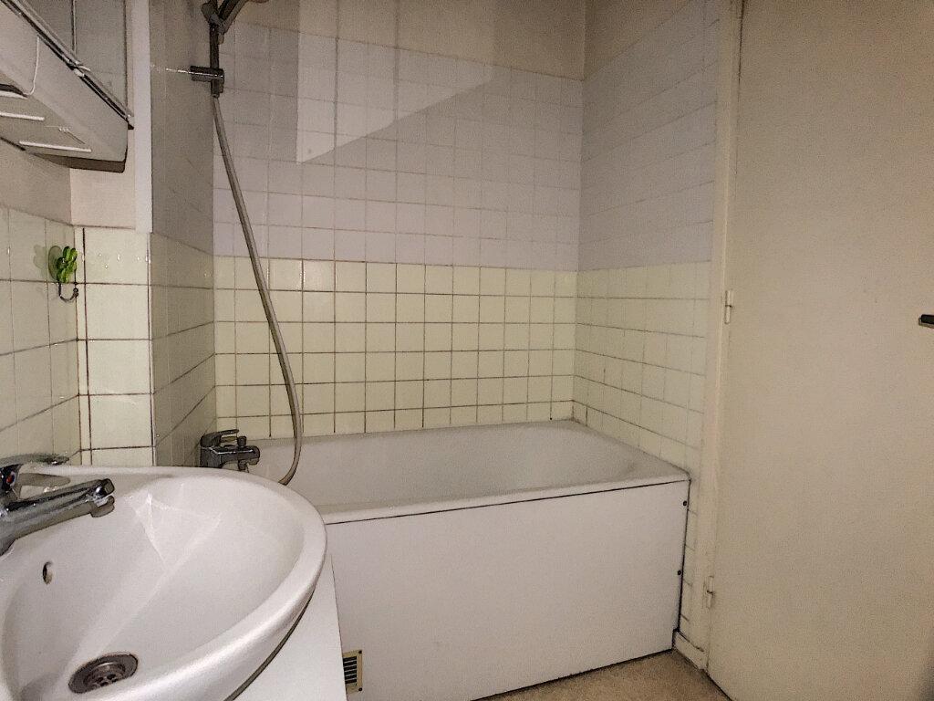 Appartement à louer 2 43.99m2 à Orléans vignette-8