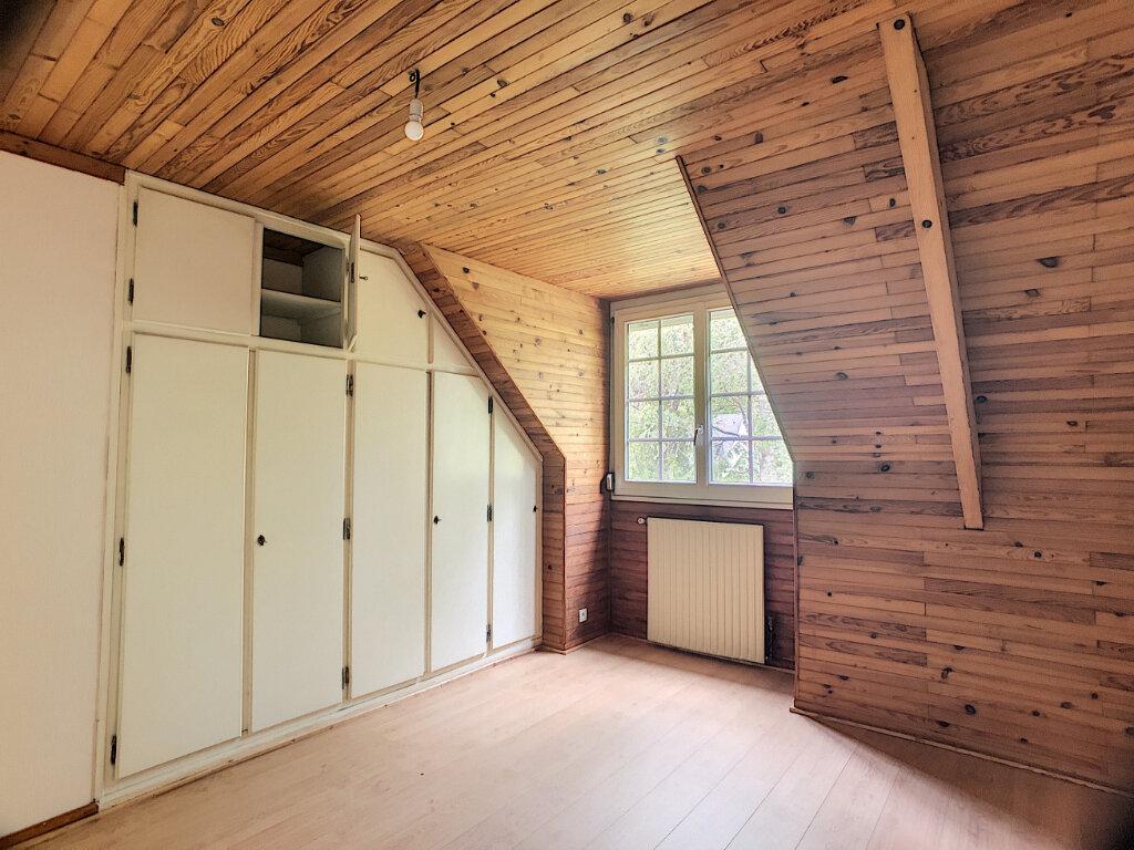 Maison à louer 6 145m2 à Orléans vignette-9