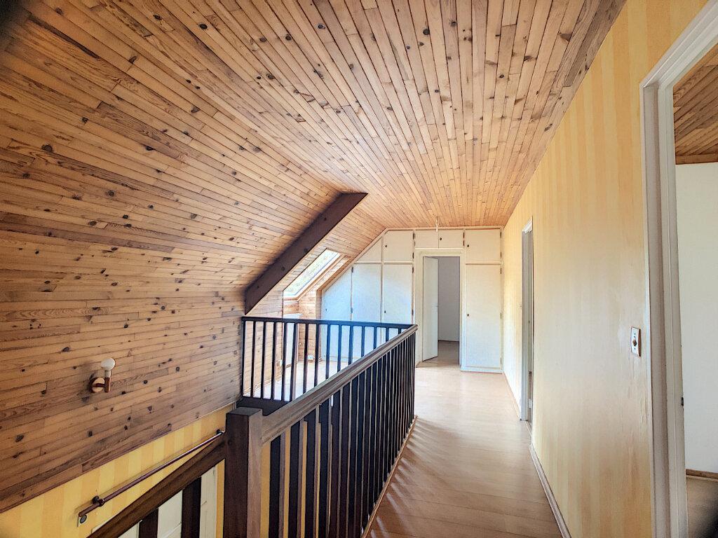 Maison à louer 6 145m2 à Orléans vignette-11