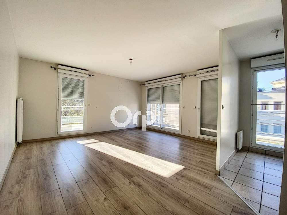Appartement à louer 3 63.52m2 à Saint-Jean-de-Braye vignette-2