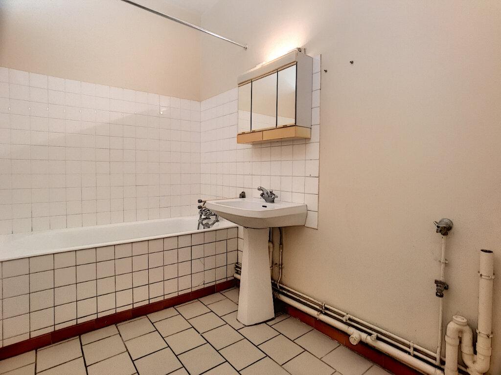 Appartement à louer 2 43.5m2 à Orléans vignette-5
