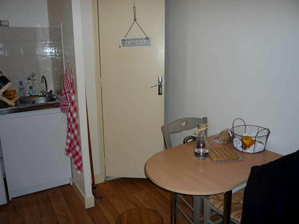 Appartement à louer 1 17.9m2 à Orléans vignette-8