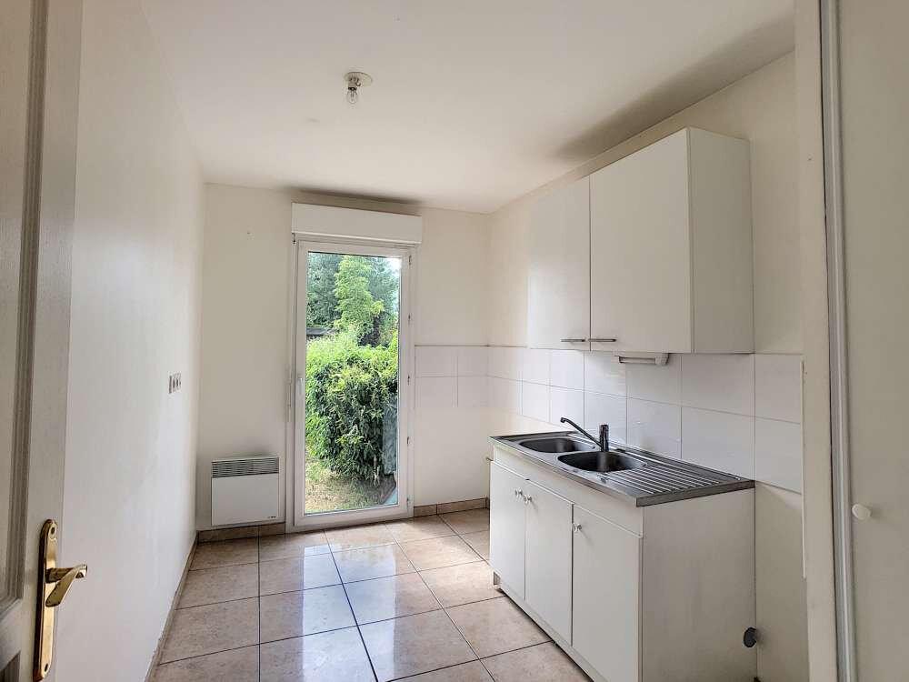 Appartement à louer 3 63.08m2 à Orléans vignette-3