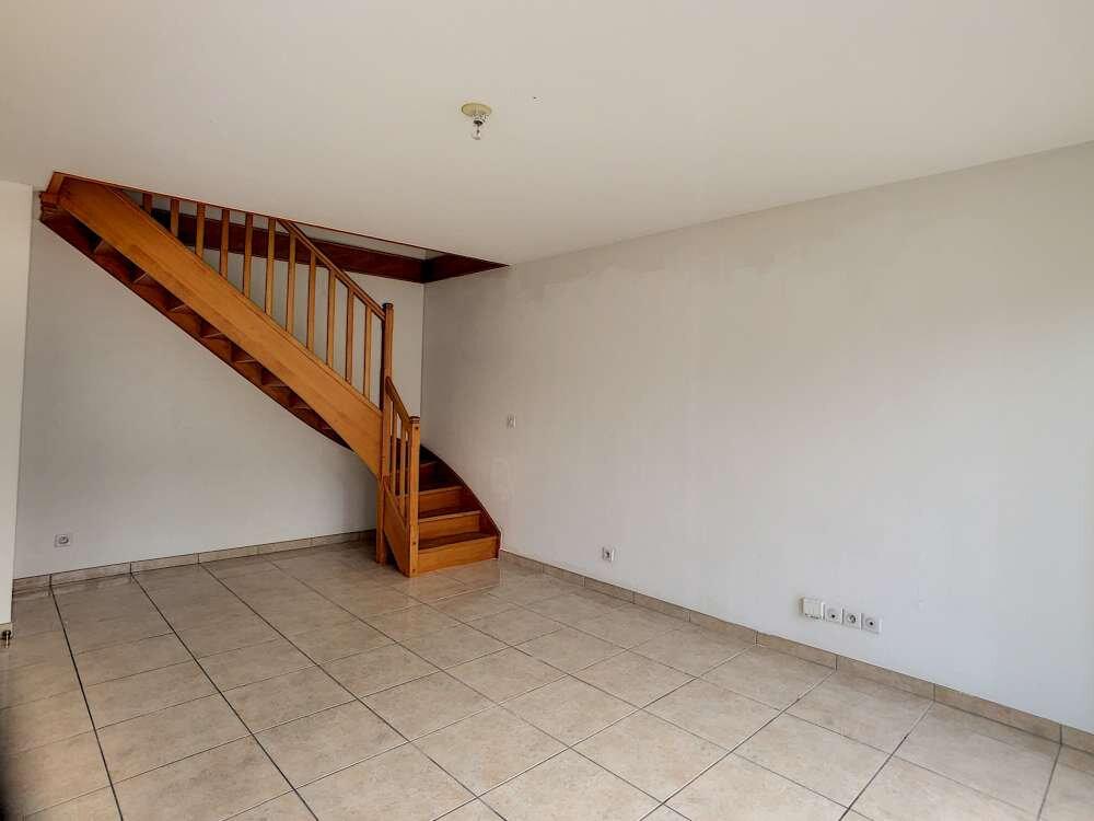 Appartement à louer 3 63.08m2 à Orléans vignette-5