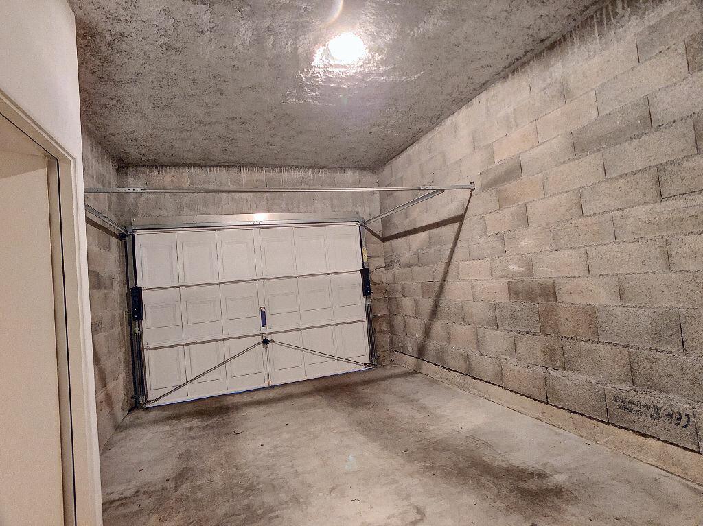 Appartement à louer 3 67.85m2 à Orléans vignette-8