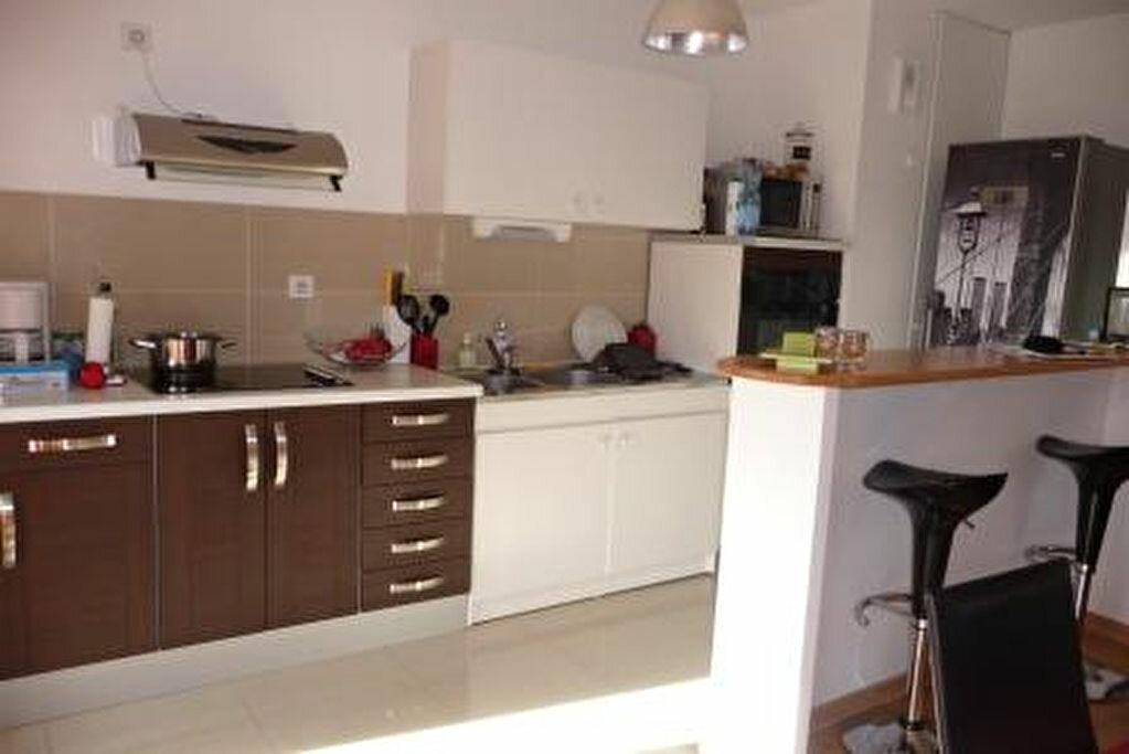 Appartement à louer 3 68.8m2 à Orléans vignette-7