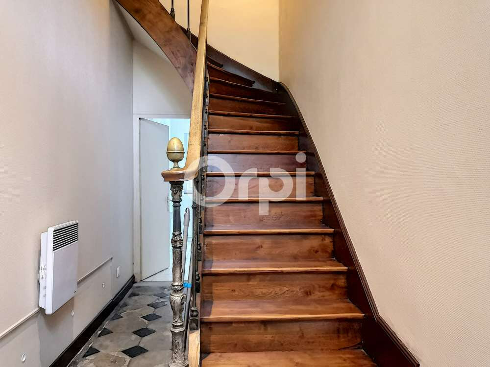 Appartement à louer 5 97.22m2 à Orléans vignette-11