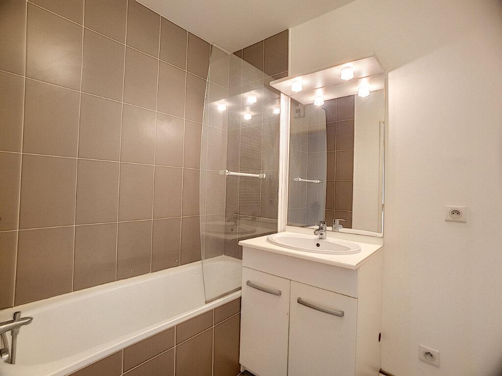 Appartement à louer 2 49.02m2 à Orléans vignette-8
