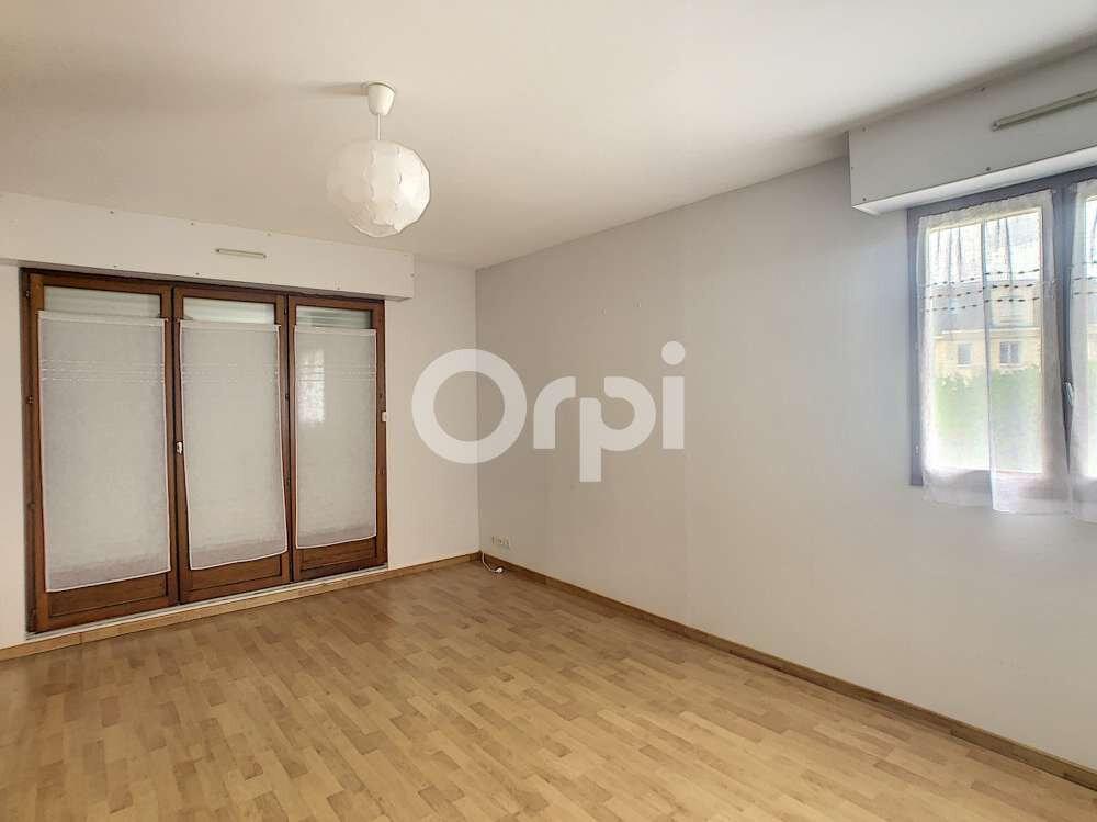 Appartement à louer 2 47.65m2 à Orléans vignette-1