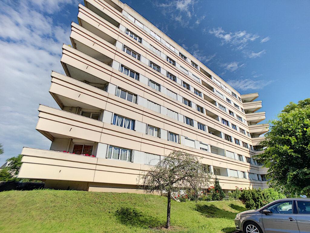 Appartement à louer 2 51.98m2 à Olivet vignette-1