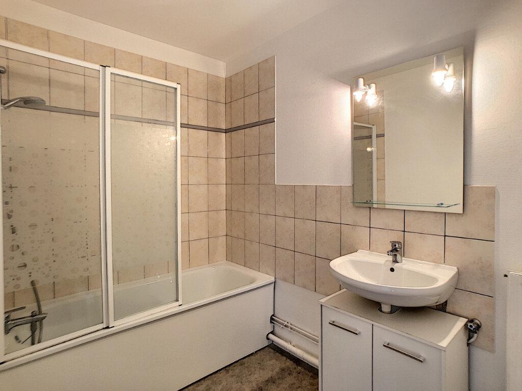Appartement à louer 2 51.98m2 à Olivet vignette-6