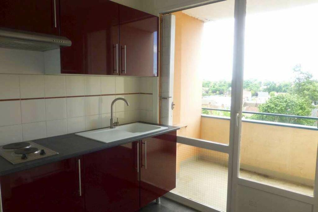 Appartement à louer 1 30.2m2 à Olivet vignette-2