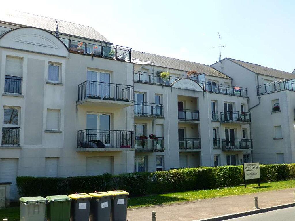 Appartement à louer 3 70.44m2 à Saint-Jean-le-Blanc vignette-2