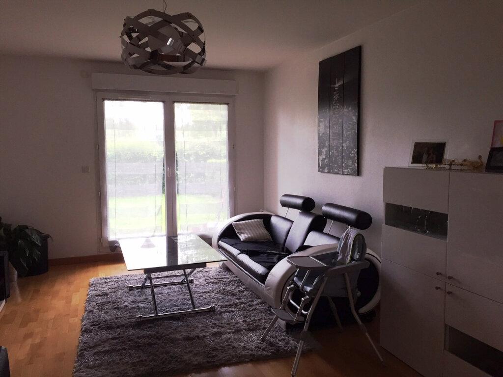 Appartement à louer 3 70.44m2 à Saint-Jean-le-Blanc vignette-4