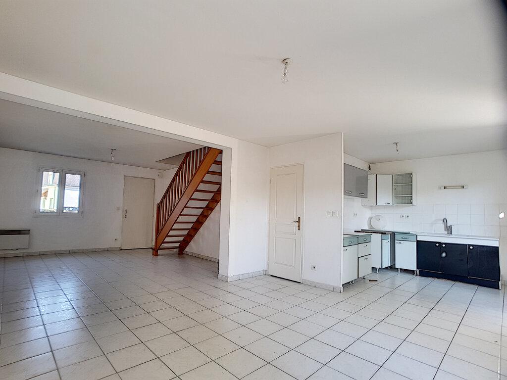 Maison à louer 5 94.07m2 à Saint-Jean-de-Braye vignette-1